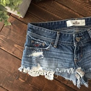 Hollister lace PocketShorts, size 1